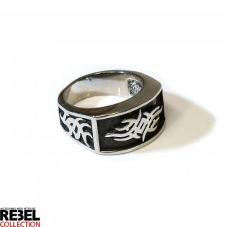 Tribal ring